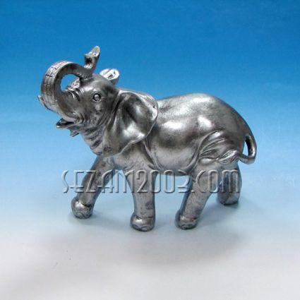 Слон фигура от резин