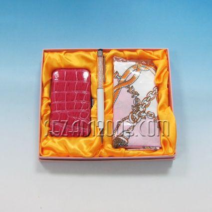 Дамски подаръчен комплект с шал и несесер