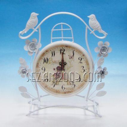 Часовник настолен метален с винтидж декор - ПИЛЕНЦА
