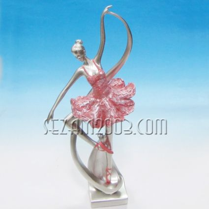 Балерина - фигура от полирезин