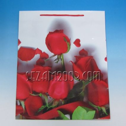 Подаръчна торбичка -цветя от гланцирана хартия