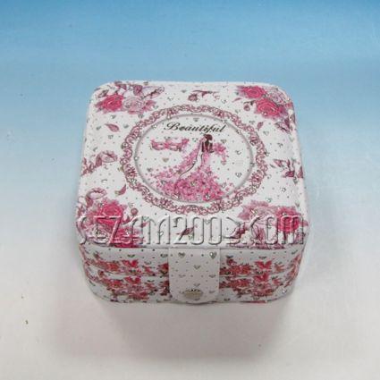 Кутия за бижута винтидж декор от изк.кожа и камъчета