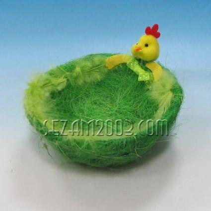 Пиленце с панер  - Великденска декорация