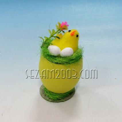 Пиленце в гнездо - Великденска декорация
