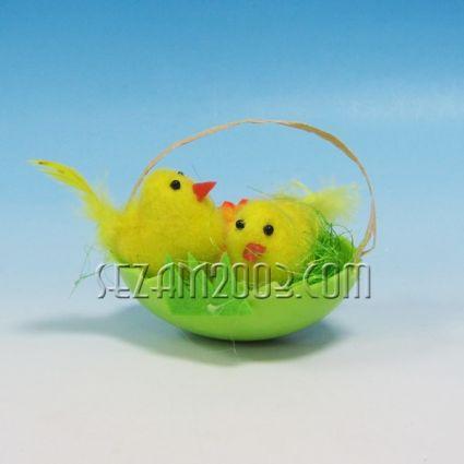 Пиленца в яйце - Великденска декорация