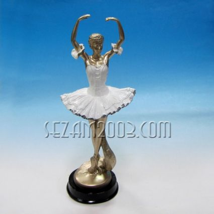 Ballerina - a figure of polyresin