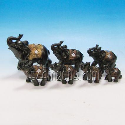 Слончета декорирани 7 бр.к-т- фигури от полирезин