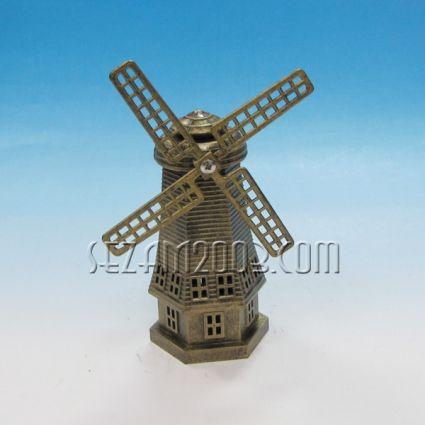 Вятърна мелница - фигура от пластмаса