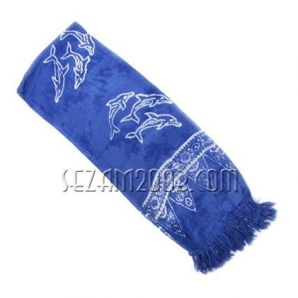 Ladies\' scarf made of soft fabric with impressive print