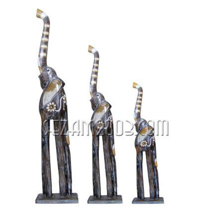 Слончета от дърво на поставка - 3 бр. комплект