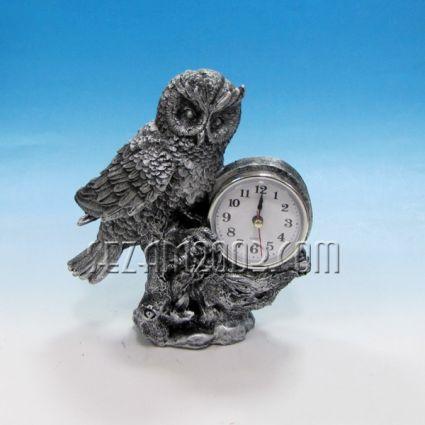 Бухал с часовник - сувенир от полирезин