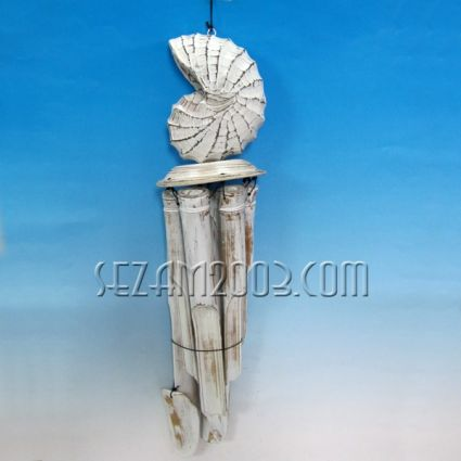 Wind bamboo bell with a wooden pendant