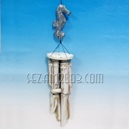 Wind bamboo bell with pendant sea horse of wood