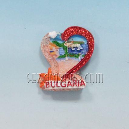 Магнит за хладилник от полирезин СЪРЦЕ с релефна картинка и надпис България.