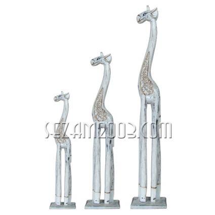Жирафи от дърво 3 броя комплект