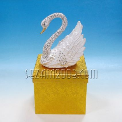 Swan - luxury metal jewelry box