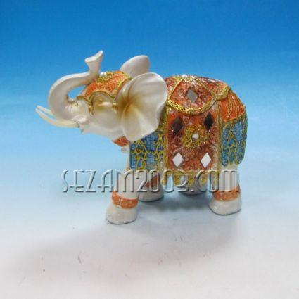 Слонче  декорирано от полирезин