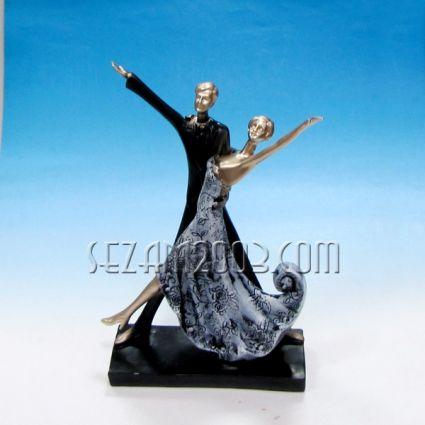 Танцова двойка - пластика от полирезин