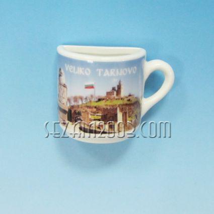 Чашка 1/2 от порцелан магнит за хладилник - В.Търново