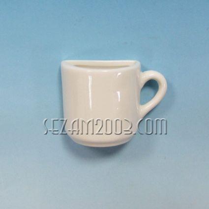 Чашка 1/2  от порцелан - подходяща за персонализиране , за магнит за хладилник