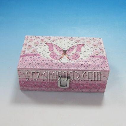 Кутия  за бижута от изк.кожа и камъчета