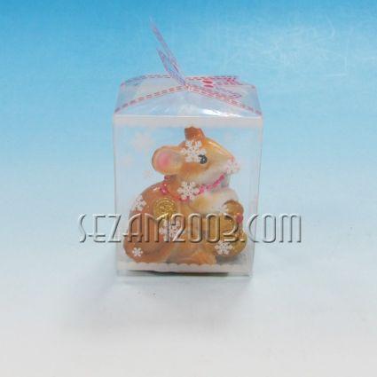 Мишка с парички от резин в подаръчна кутийка от пвц