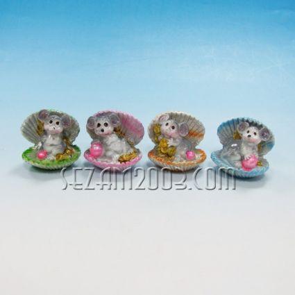 Мишка в мида с парички от резин