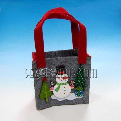 Коледна чанта от еко полар - декорирана