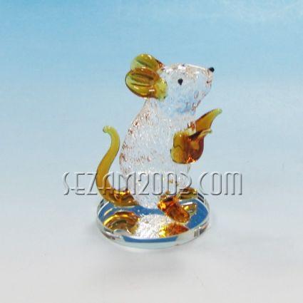 Мишка от цветно стъкло на огледалце