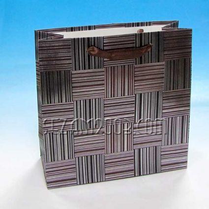 Подаръчна торбичка от лукс хартия с мъжки декор