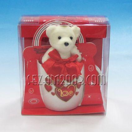 Св.Валентин -Подаръчен комплект- порцеланова чаша и плюшено мече