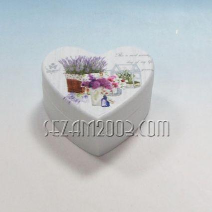 Кутийка за бижута от дърво СЪРЦЕ с винтидж декор