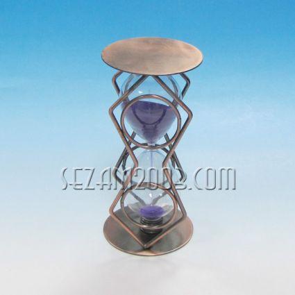 Пясъчен часовник от метал и стъкло