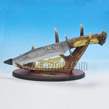 Ловджийски нож метален на поставка от изкуствен рог  - настолен сувенир