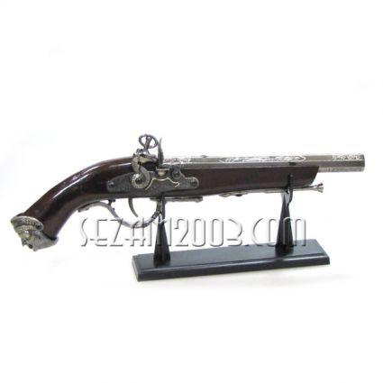 Пушка реплика от пластмаса и метал  - настолен сувенир