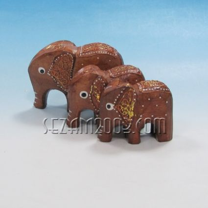 Слончета от дърво декорирани 3 броя комплект