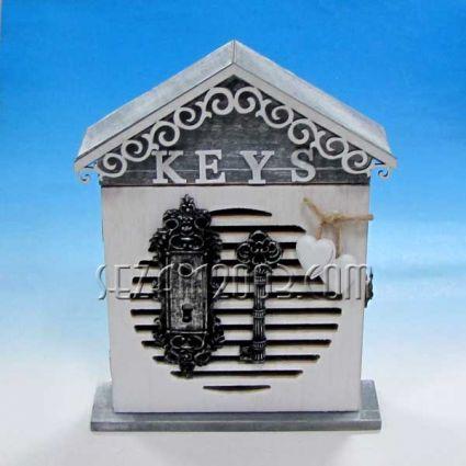 Кутия за ключове дървена  за стена декорирана