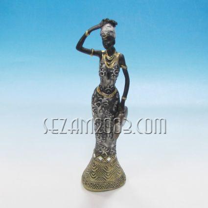 Жена - фигура от резин