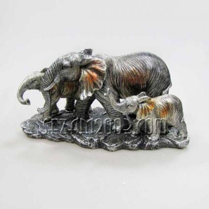 Семейство слонове - фигура от резин