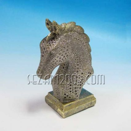 Конска глава златиста - фигура от резин