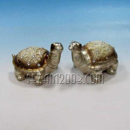 Turtles decorated pair
