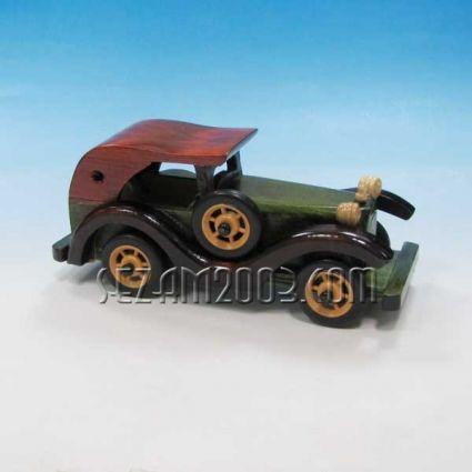 Ретро автомобил макет - сувенир от дърво
