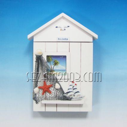 Кутия за ключове стенна от дърво - морски декор+БГ