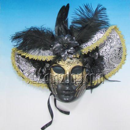 Маска тип Венеция шапка черна от пластмаса и плат - стенна