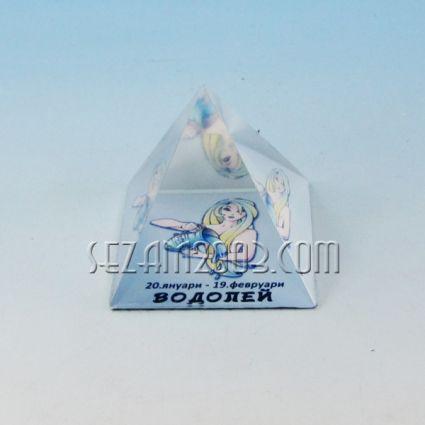 Glass pyramid with Zodiac - Aquarius