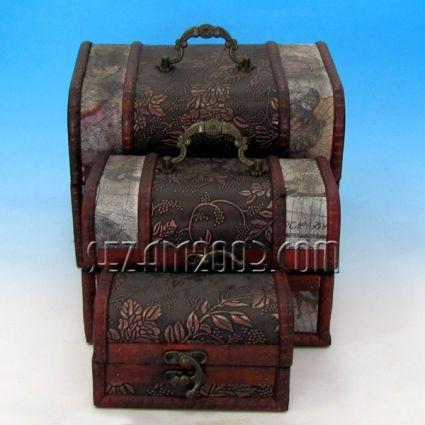 Кутии 3-ка от дърво декорирани