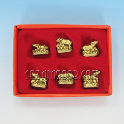 Бик/кравичка фигурки фън шуй от резин 6 броя в кутия