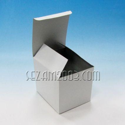 кутия от бял картон за чаши за сублимация