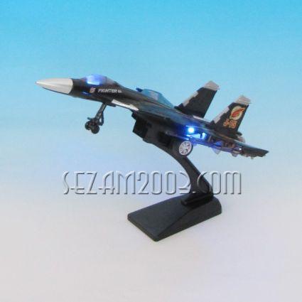 Airplane - luxury souvenir / replica