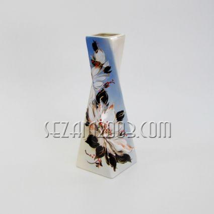 Ваза керамична  - лотос , ръчно рисувана